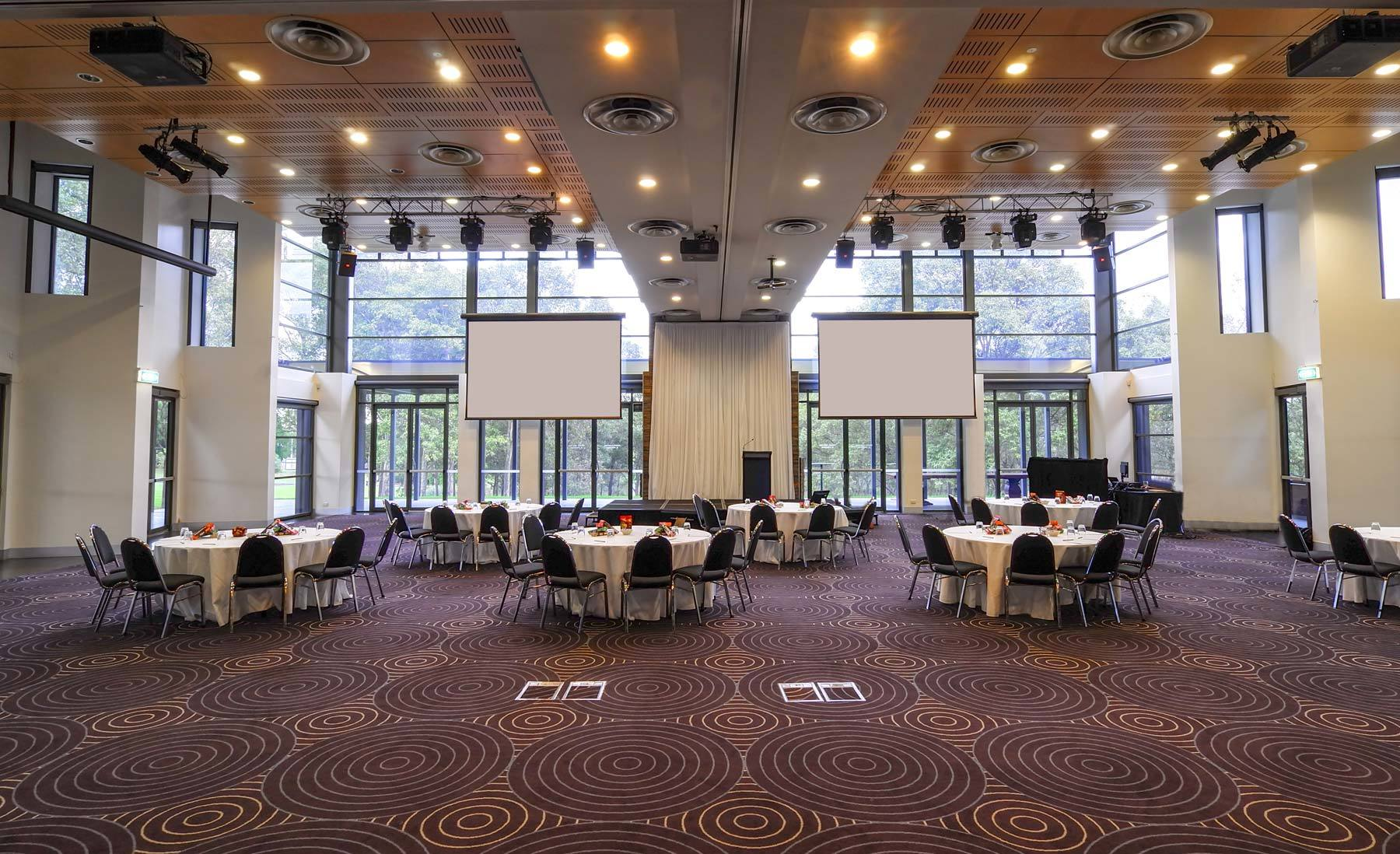 Lakes Waterview Is The Ideal Location To Host Your Business Event Motivate Delegates With This Serene Setting Located Within Bicentennial Park
